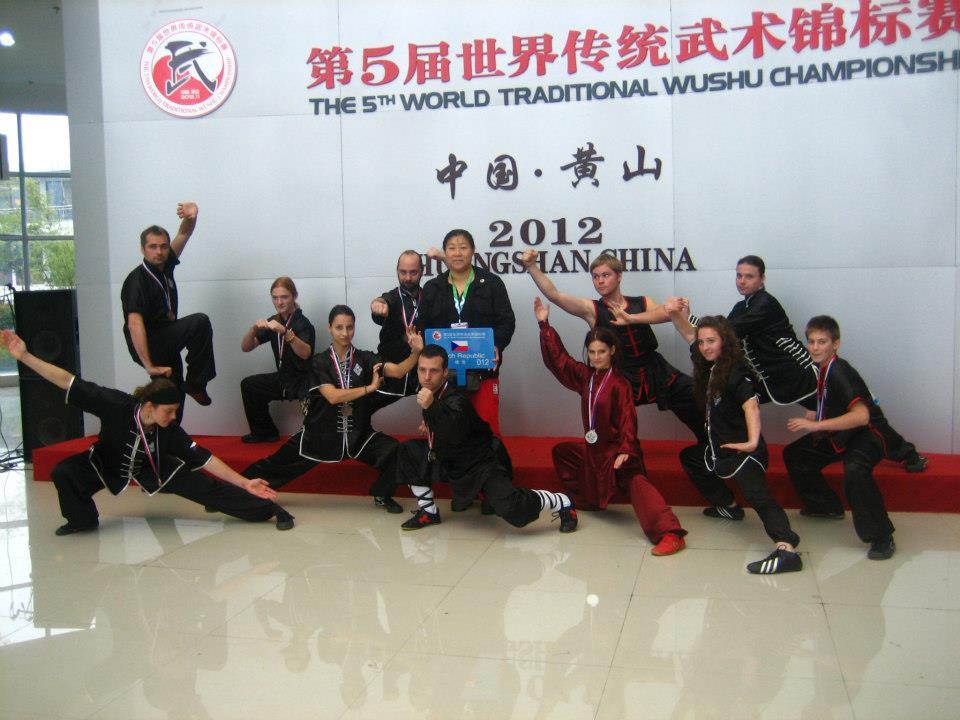 Účastníci české výpravy na MS v Kung fu v Huangshanu